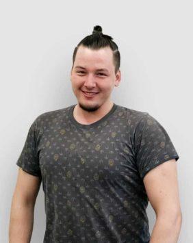 Абдиев Акмаль – монтажник, макетчик • Vortex